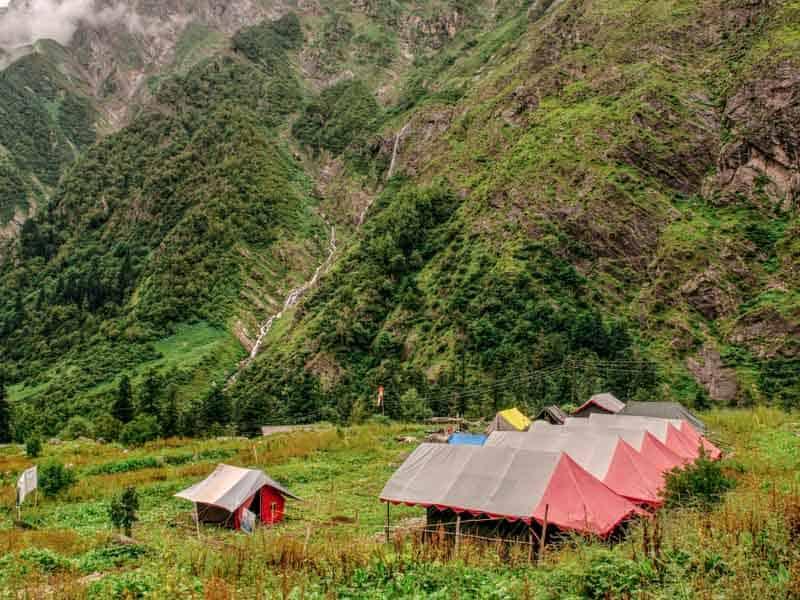 Camping in Ghangharia