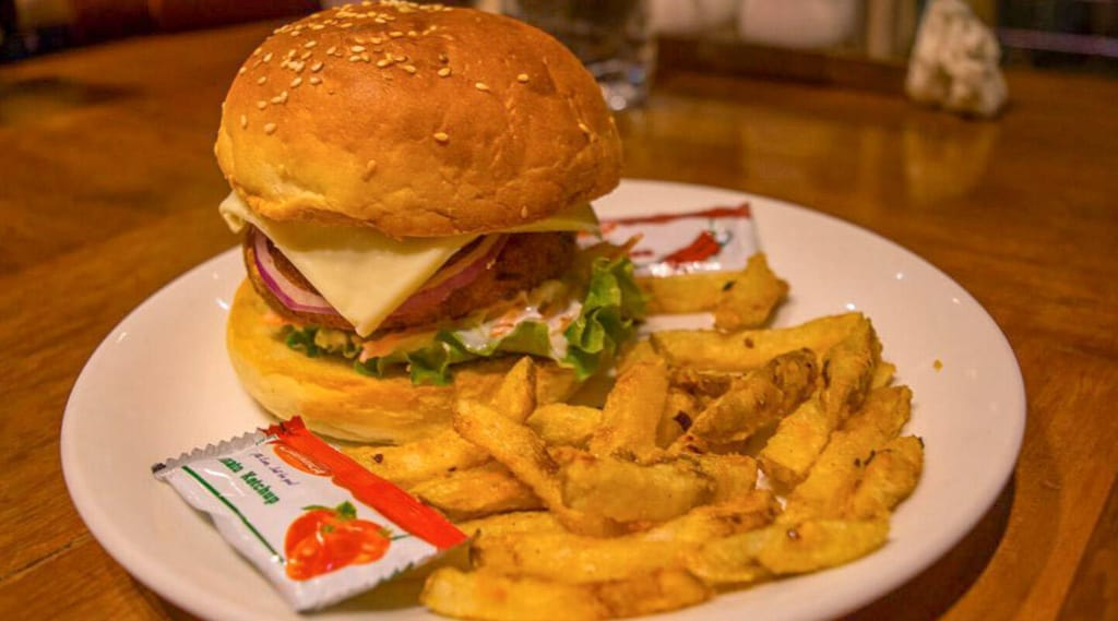 10 Best Restaurants and Cafes in Shillong to Try for the Food Lovers