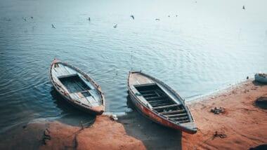 Traveling from Delhi to Varanasi