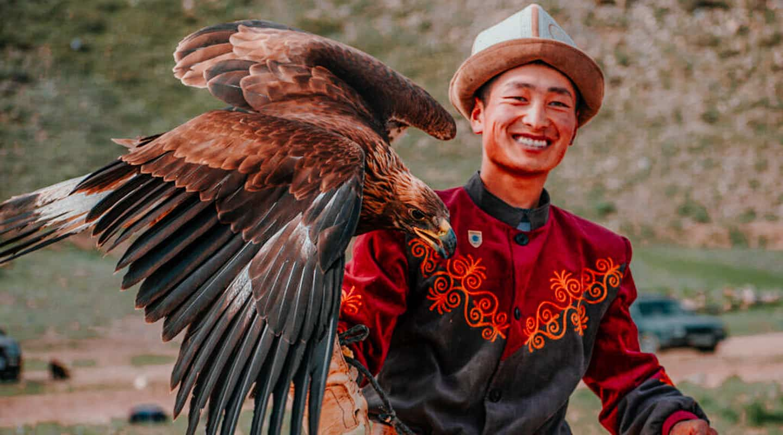 Salbuurun Eagle Hunting